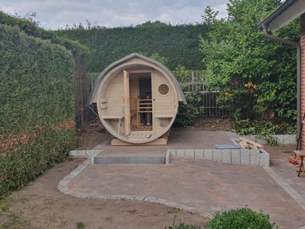 Fass-Sauna, Bausatz, 3500 mm Länge, offener Vorraum, holzbefeuert