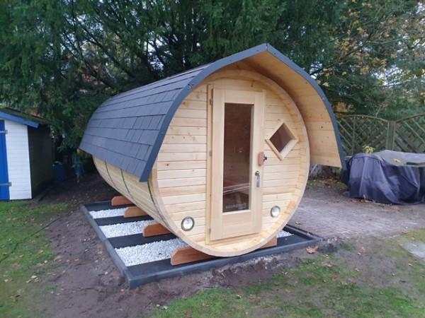 Fass-Sauna, Bausatz 3500 mm Länge, geschl. Vorraum, elektrischer Ofen