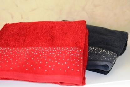 Handtuch mit Strass, rot