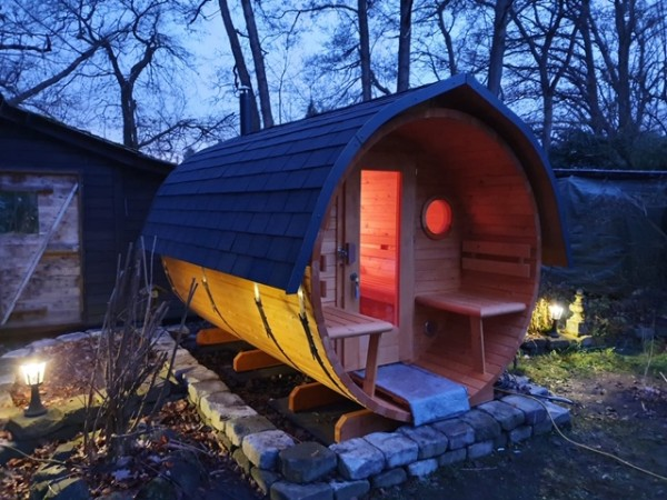 Fass-Sauna, Bausatz, 3000 mm Länge, offener Vorraum, holzbefeuert